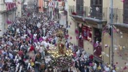 El Centenar de la Ploma recupera su tradicional Procesión de Sant Jordi