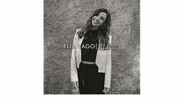A los 10 años lanzó su primer disco y desde entonces la cantante Valenciana Elia Yago no ha dejado de triunfar en la música.